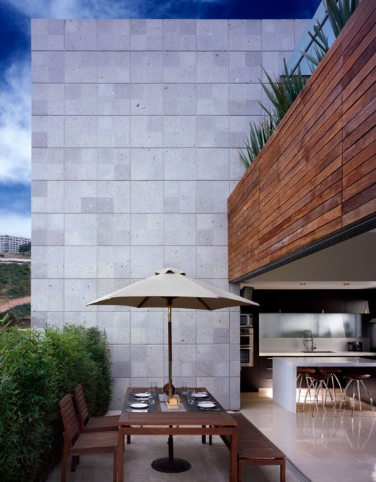 m-house-terrasse-540×693