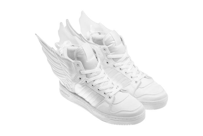 Adidas ailees par Jeremy Scott