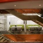 Bureau design Astral de Montreal-escaliers