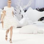 Decor de Zaha Hadid pour le dernier defile Chanel