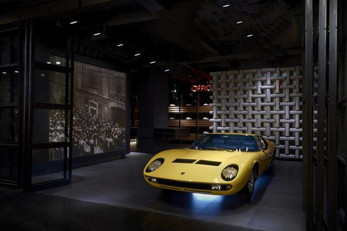Flagship store Pirelli de Milan