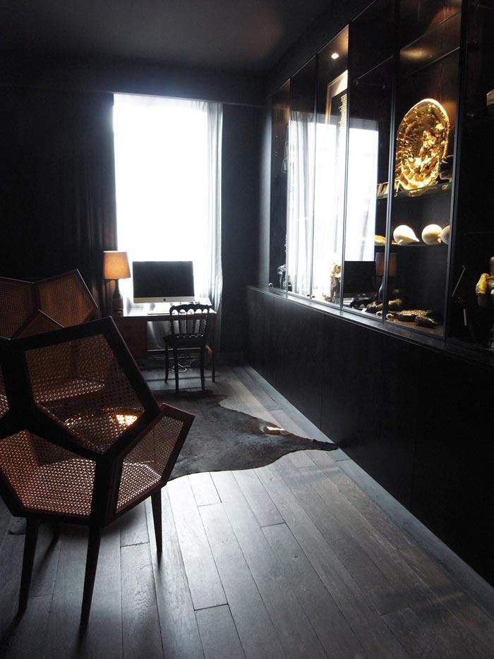Maison Champs Elysees par Maison Martin Margiela-Chambre noire