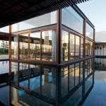Maison design en Inde piscine exterieure