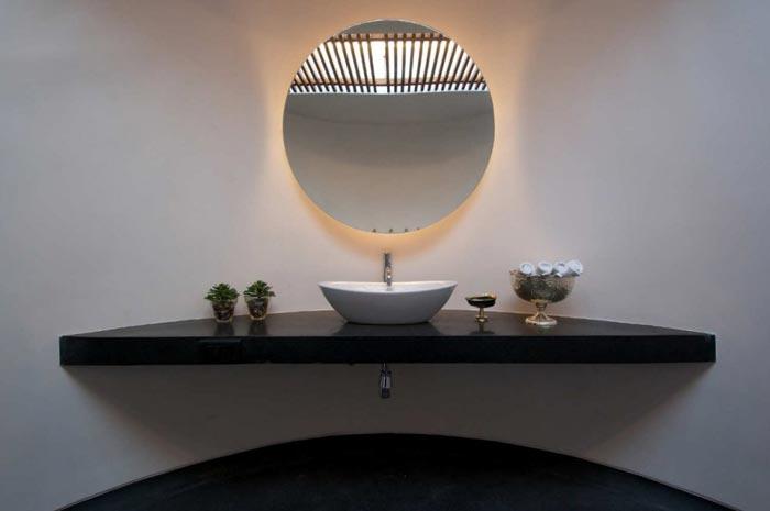 Maison design en Inde salle de bain