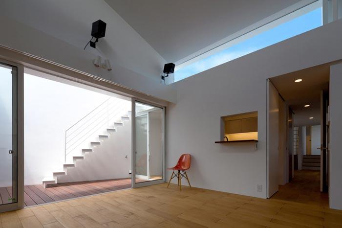 Maison design japonaise ouverture sur terrasse arkko - Maison twin megaphones par latelier tekuto ...