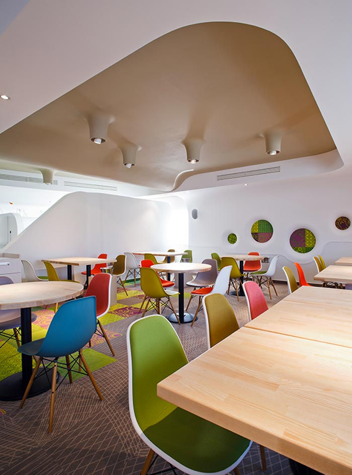 Salle de restaurant design arkko for Article de restaurant