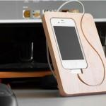 Dock iPhone en bois