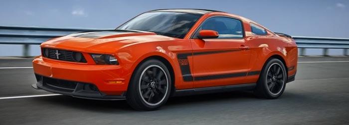 Ford-Mustang-V8-version-2012