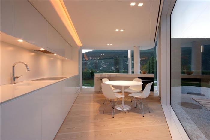 Maison design en Suisse par JM Architecture