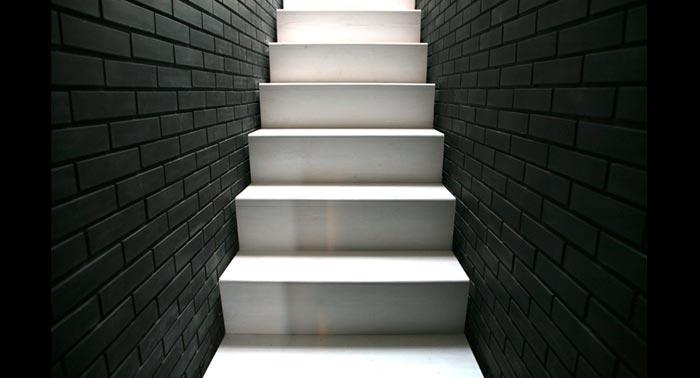 The Shadow House-Escalier design