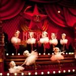 Vitrines de Noel Chanel printemps Haussmann