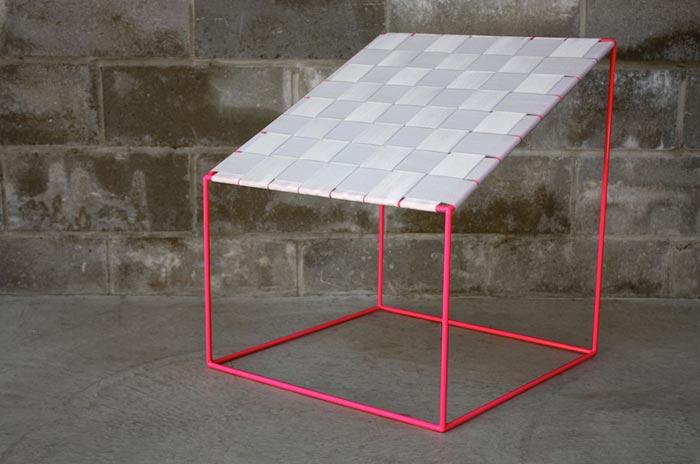 Chaise design Conform Chair par William Lee