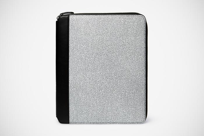 Housse pour iPad WANT Les Essentiels de la Vie Narita