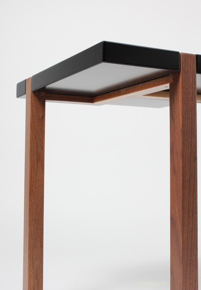Hugo Passos Piet Side Table noire