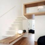 Interieur moderne avec insertion de bois