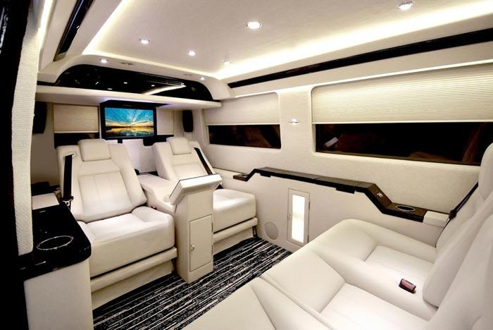 Mercedes Benz Sprinter Jetvan interieur creme – Arkko
