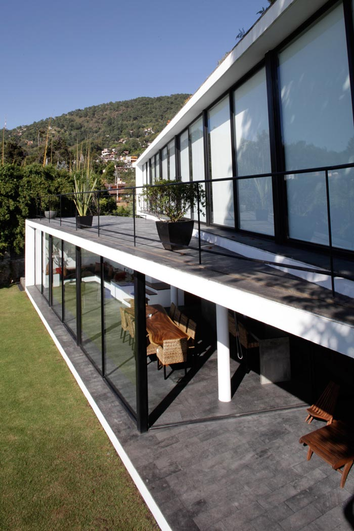 Baie vitree Maison design pres de Mexico