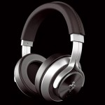 Casque audio design Ferrari gris