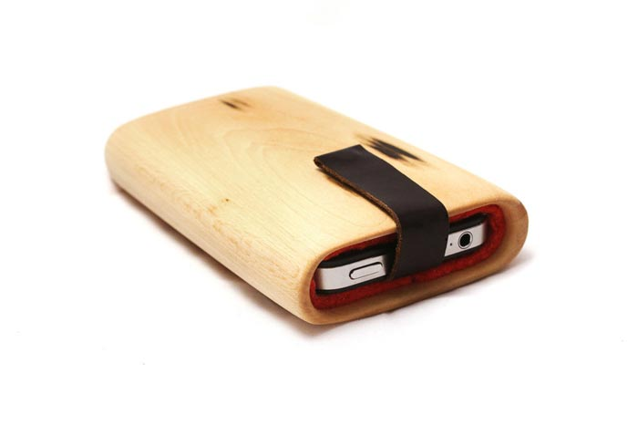 Coque iPhone design en bois par Haydanhuya