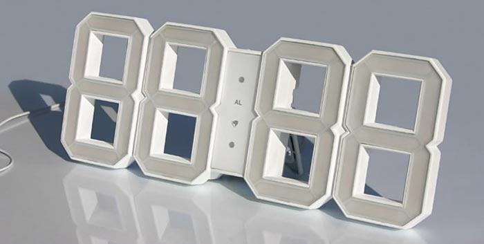 Horloge design par Vadim Kibardin