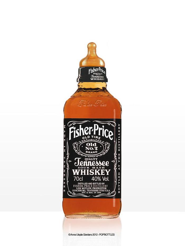 Biberon en forme de bouteille de whisky