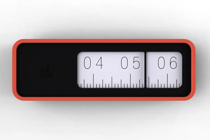 Linear Clock rouge