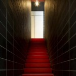 Residence design a Londres - Escaliers rouges