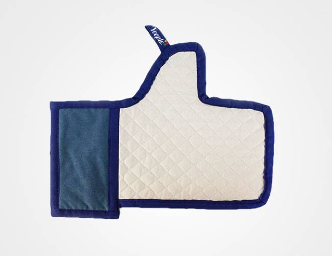 Le gant de cuisine Facebook