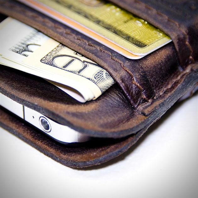 etui-cuir-iphone