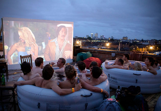 Hot-Tub-Cinema-a-Londres