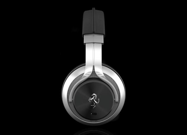 casque-audio-ferrari02