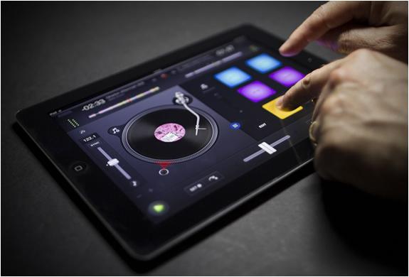 Mixer sur votre smartphone ou votre tablette avec DJAY 2