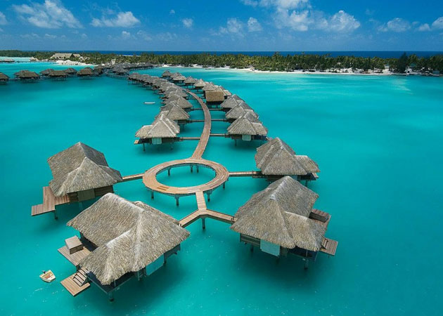 Four-Seasons-Resort-Bora-Bora-2