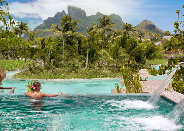 Four-Seasons-Resort-Bora-Bora-5