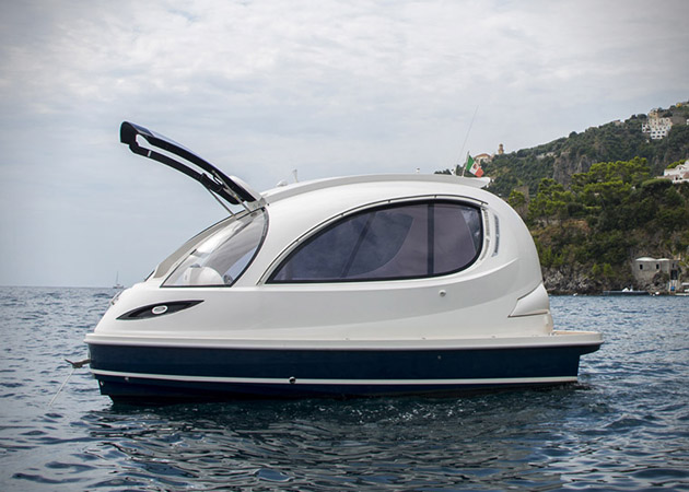 Jet-Capsule-Miniature-Luxury-Yacht-2