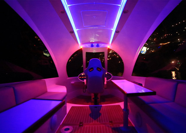 Jet-Capsule-Miniature-Luxury-Yacht-6