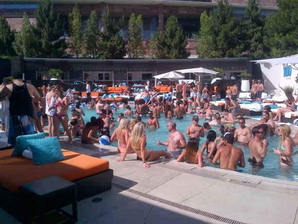 LiquidPool-Aria-las-Vegas