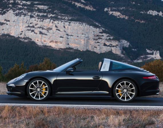Porsche-911-targa-4-10