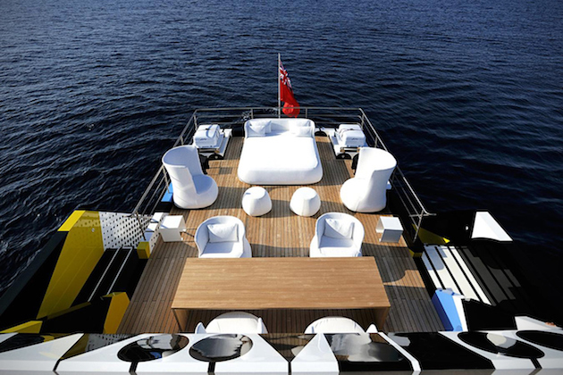 Yacht-design-Jeff-Koons-8
