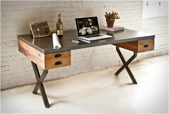 bureau en ch ne et acier walter desk de richard velloso. Black Bedroom Furniture Sets. Home Design Ideas