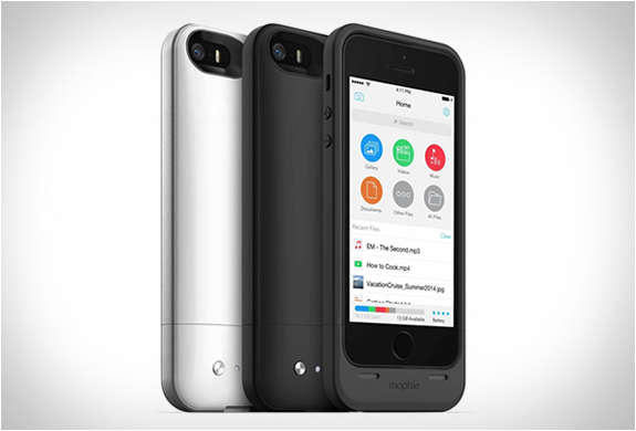 mophie-space-pack-iphone-01