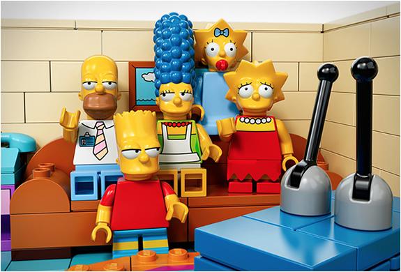 Les Simpsons en Lego arrivent !
