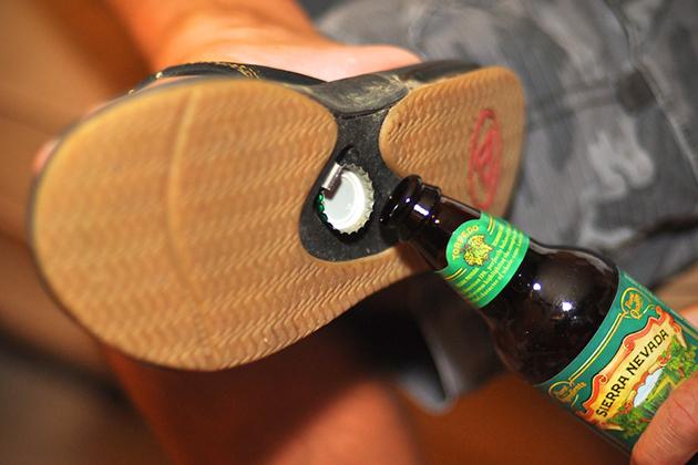 Tongs Reef FANNING avec ouvre bouteille intégré