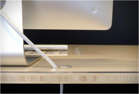 bureau-avec-chemin-cable