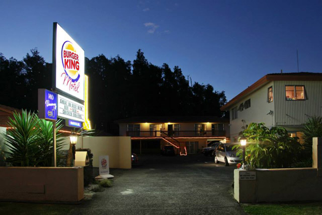 motel-burger-king-08