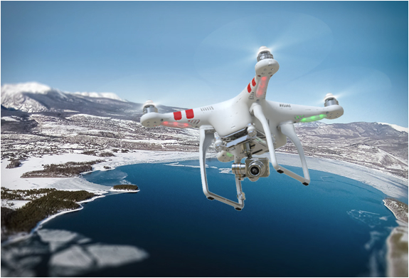 drone-design-dji-phantom-2-vision-plus-03