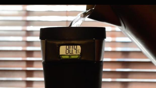 mug-de-voyage-thermometre