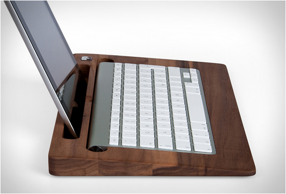 support en bois pour ipad et clavier sans fil tablettray woody