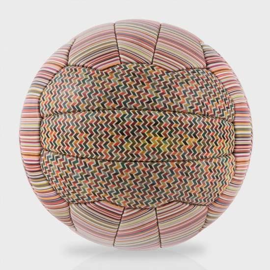 ballon-foot-Paul-Smith