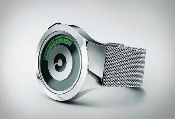 montre-minimaliste-ziiiro-saturn-argent